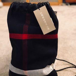 BURBERRY CLASSIC PRINT BARREL - MINI DUFFLE BAG